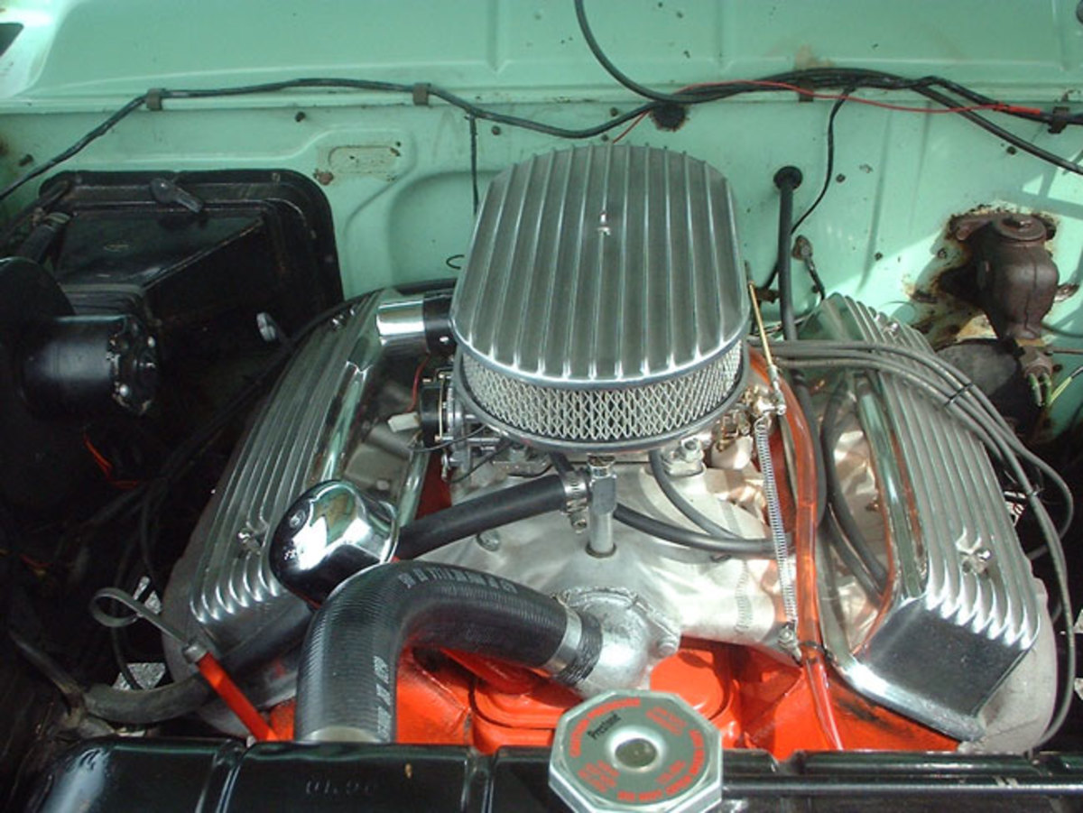 1956-Ford-engine