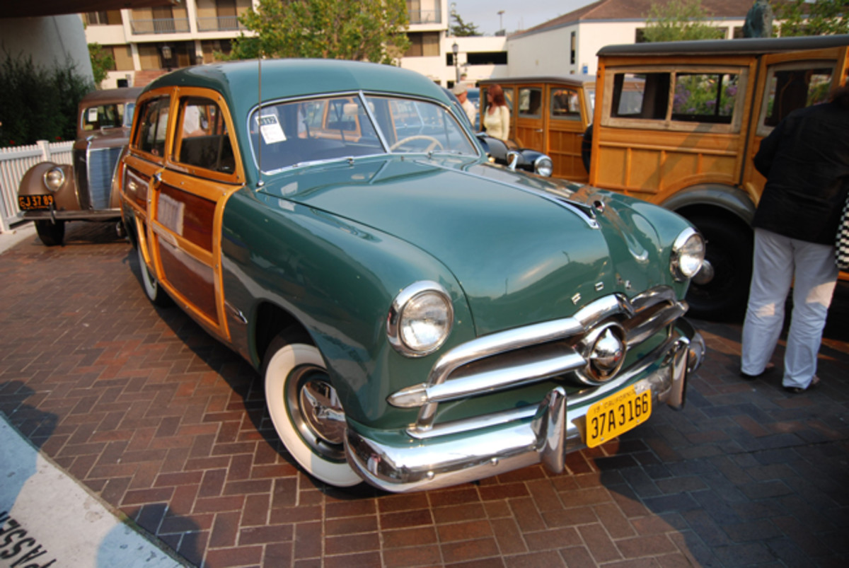 Station wagons played a major role in the 1949 Ford line-up with sales more than tripling over 1948's total, to 31,412 units. (Phil Skinner Photo)