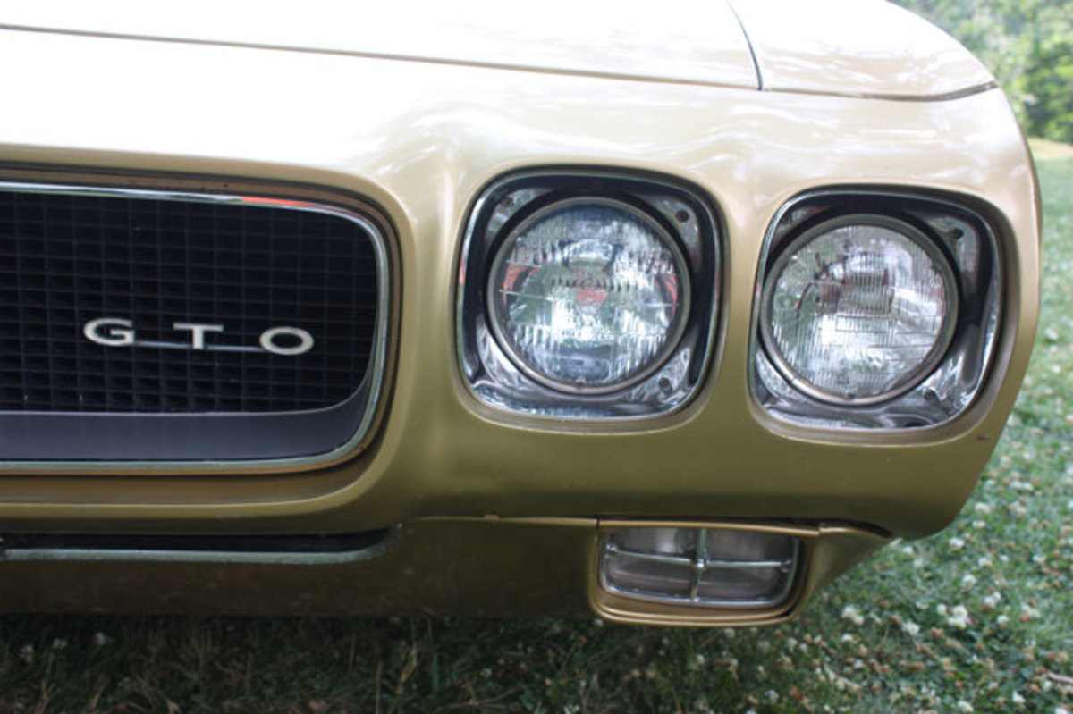 1970-GTO-grille