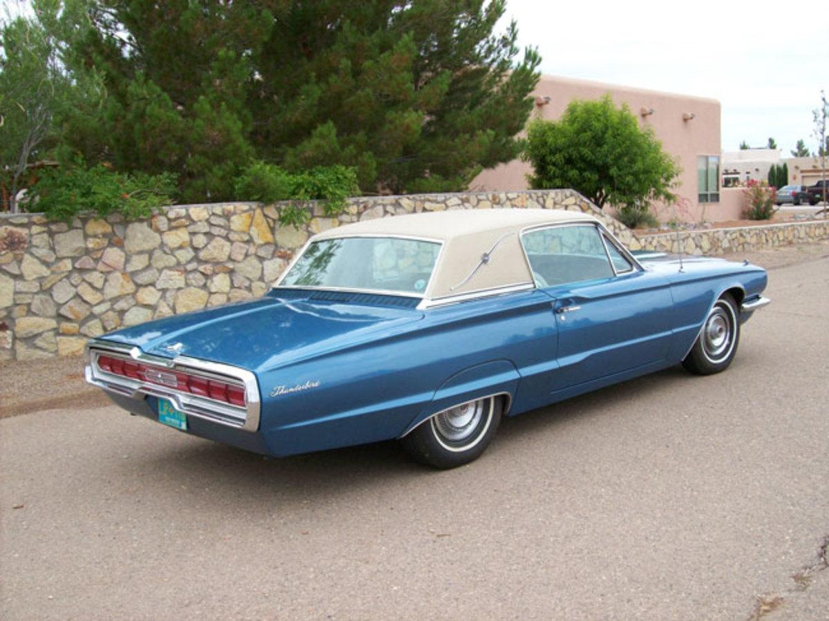 1966-Thunderbird-back