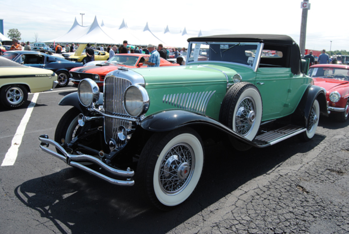 """Offered at """"No Reserve"""" during Auctions America's Fall Auburn sale, this 1929 Duesenberg Model J with a Fleetwood Cabriolet body was called sold for a bid of $900,000 plus commission."""