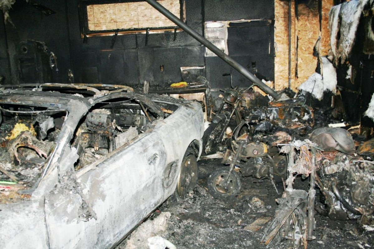 1994 Mustang Cobra pace car had been driven only 34 miles – mostly to the mailbox and back. Several motorcycles and scooters were also destroyed in the fire.