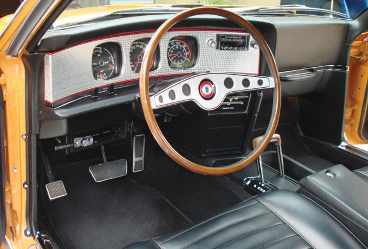 1971-AMX-interior1