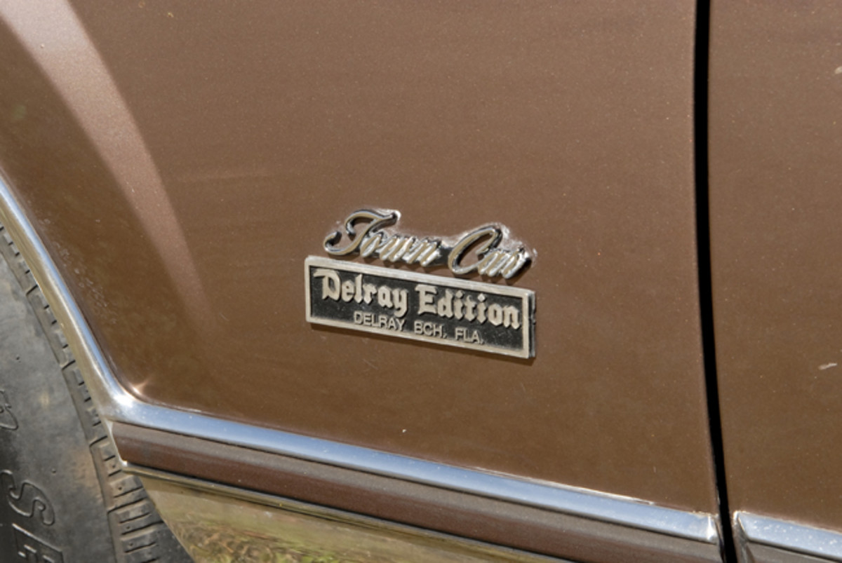 A small badge identifies the Lincoln as a Delray Edition.