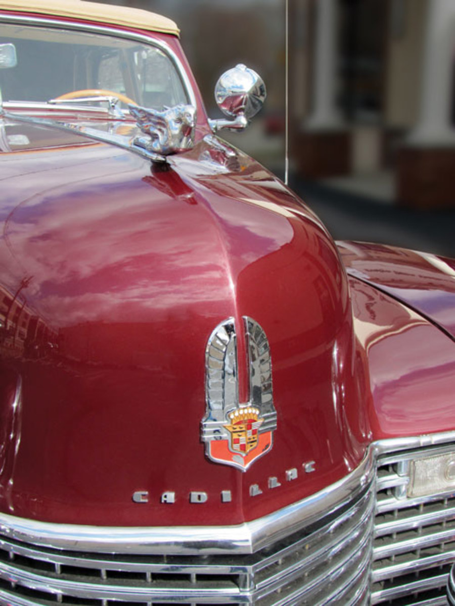 1941-Cadillac-nose