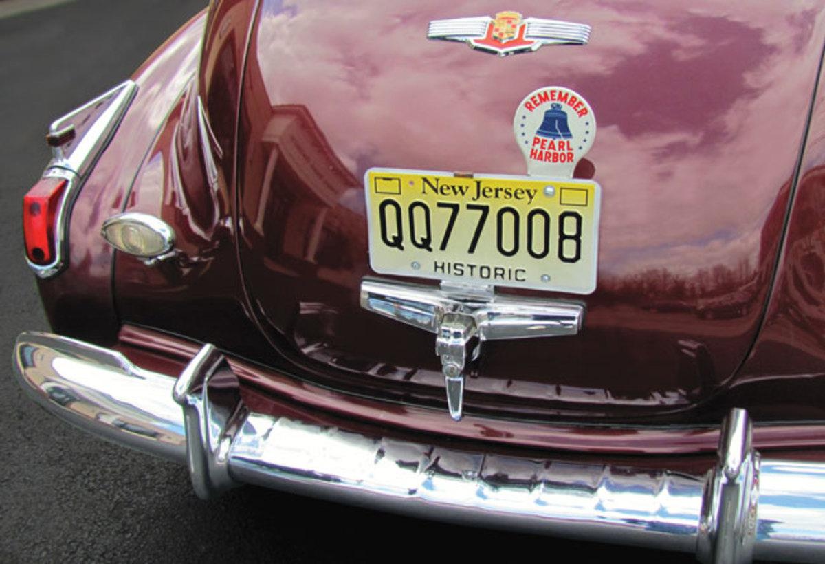 1941-Cadillac-rear