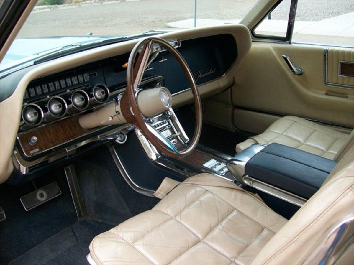 1966-Thunderbird-interior