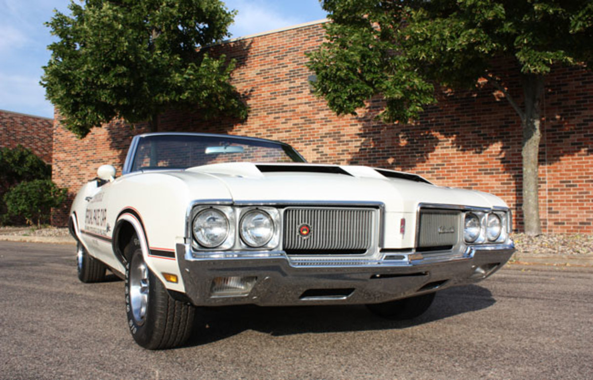 1970-Olds-Pace-Car-7