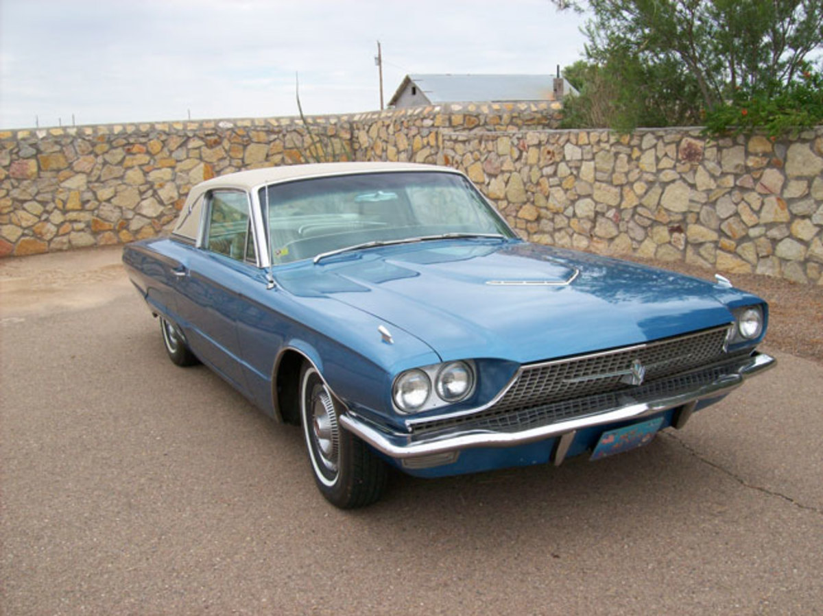 1966-Thunderbird-main