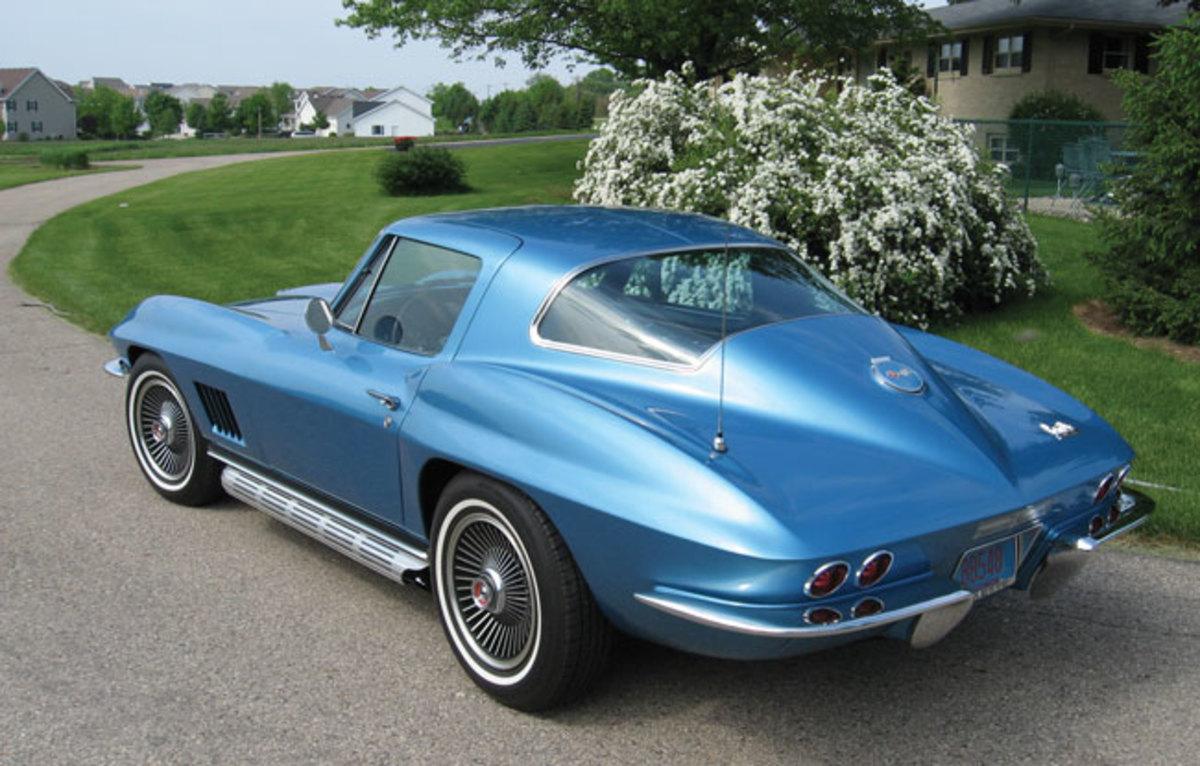1967-Corvette-3