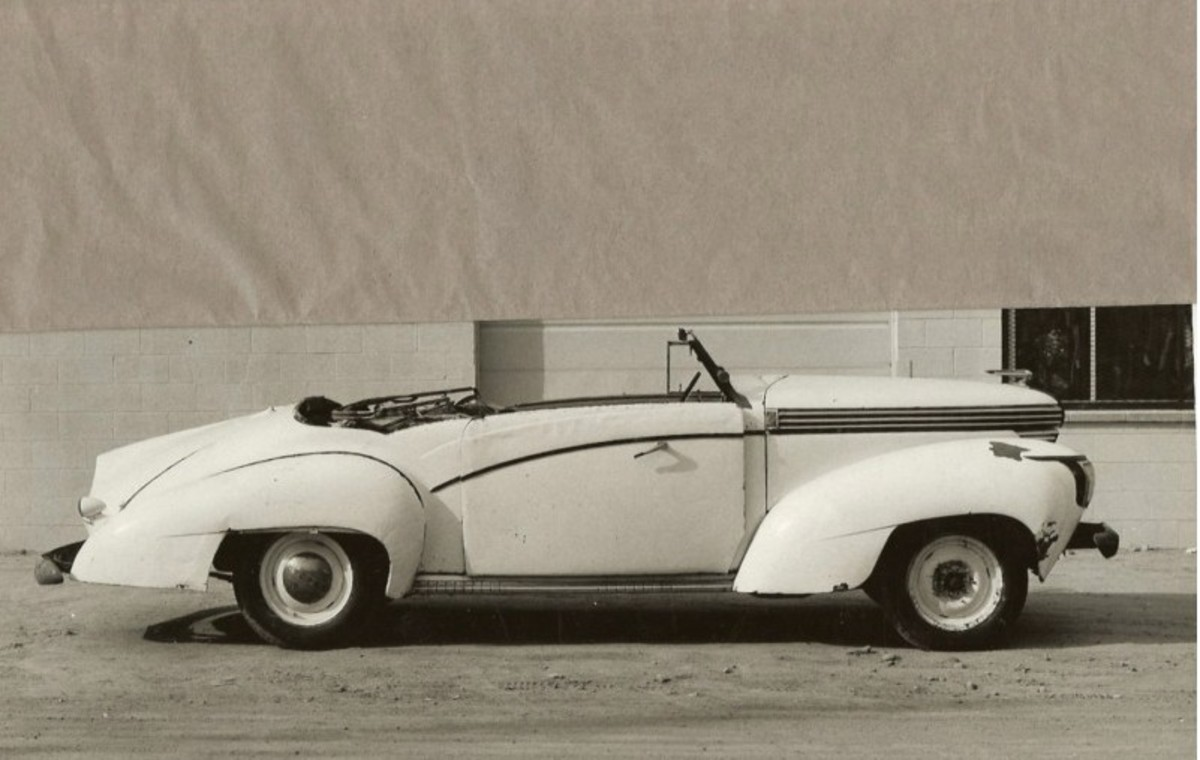 A California seller is offering this 1938 Saoutchik-bodied 1938 Graham convertible on eBay.