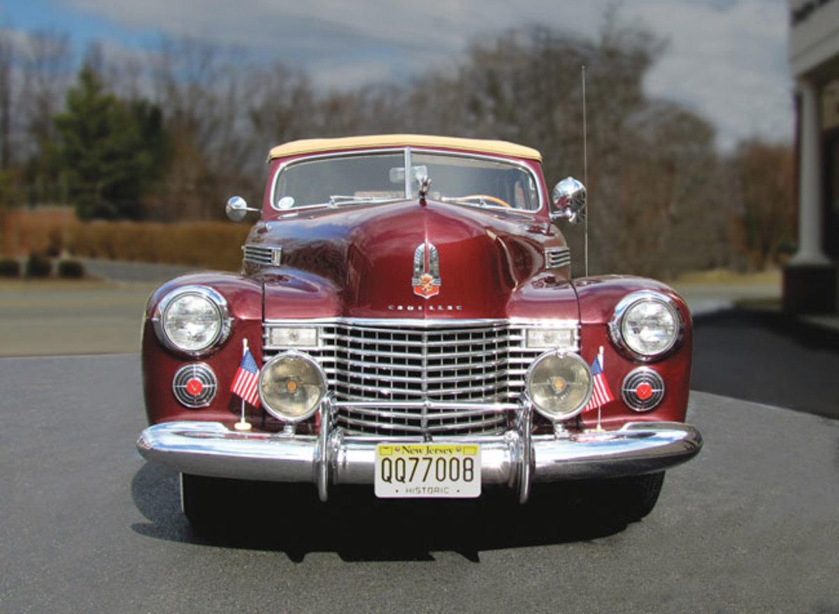 1941-Cadillac-front