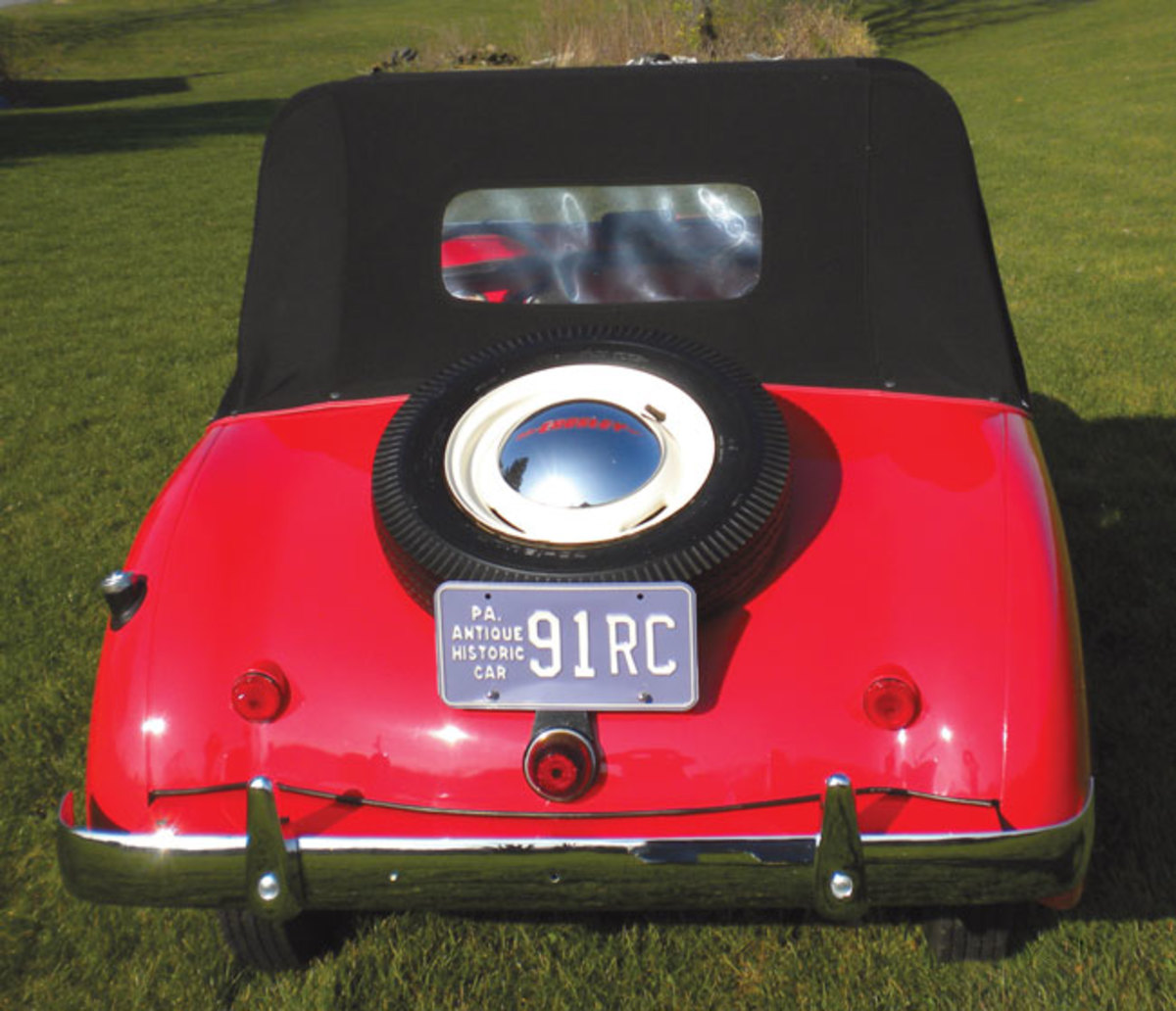 1951-Crosley-Hot-Shot-rear