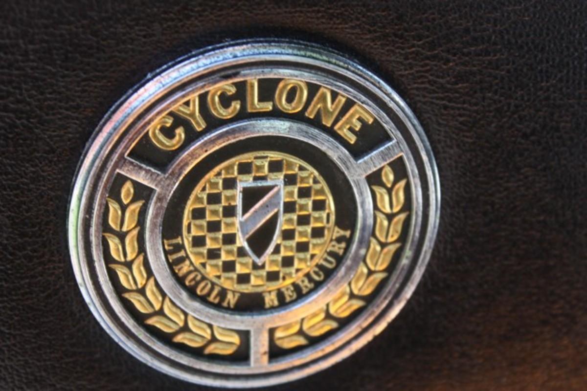 1970 Spoiler-badge