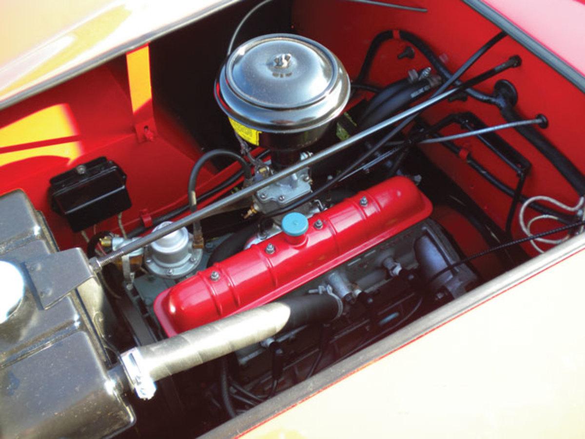 1951-Crosley-Hot-Shot-engine