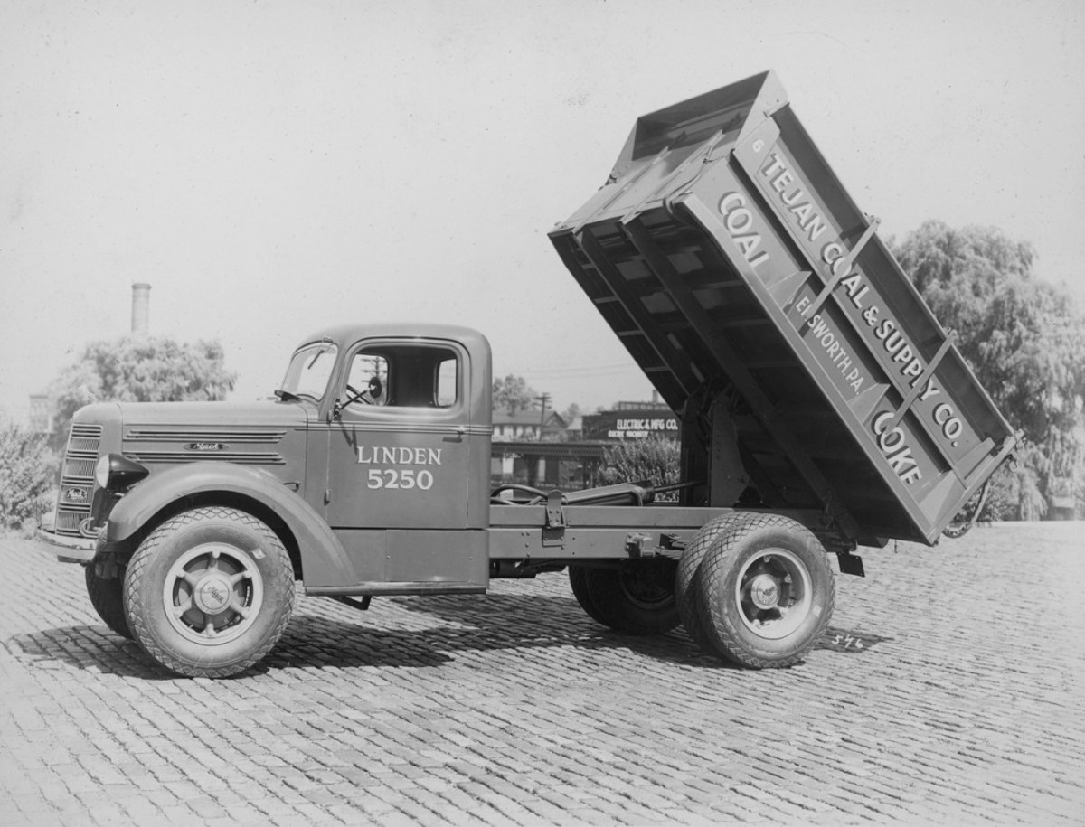 Tejan Coal & Supply of Emsworth, Pa., hauled coal and coke in this late-1930s Mack truck with large sidewalls on its body. This flashy, Allentown, Pa.-built truck was fitted with front tow hooks and a hydraulic hoist. It remains an impressive example of a heavy hauler with home-state pride.
