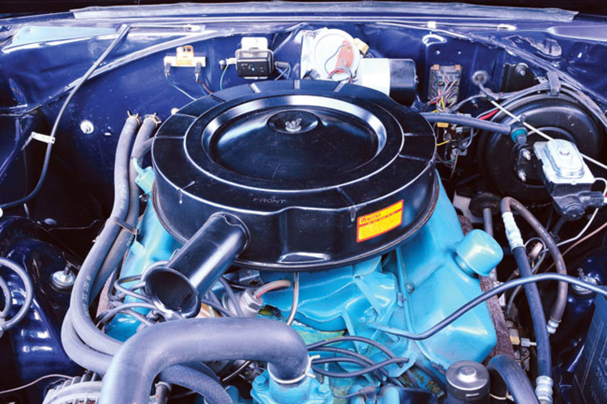 1966-Charger-engine