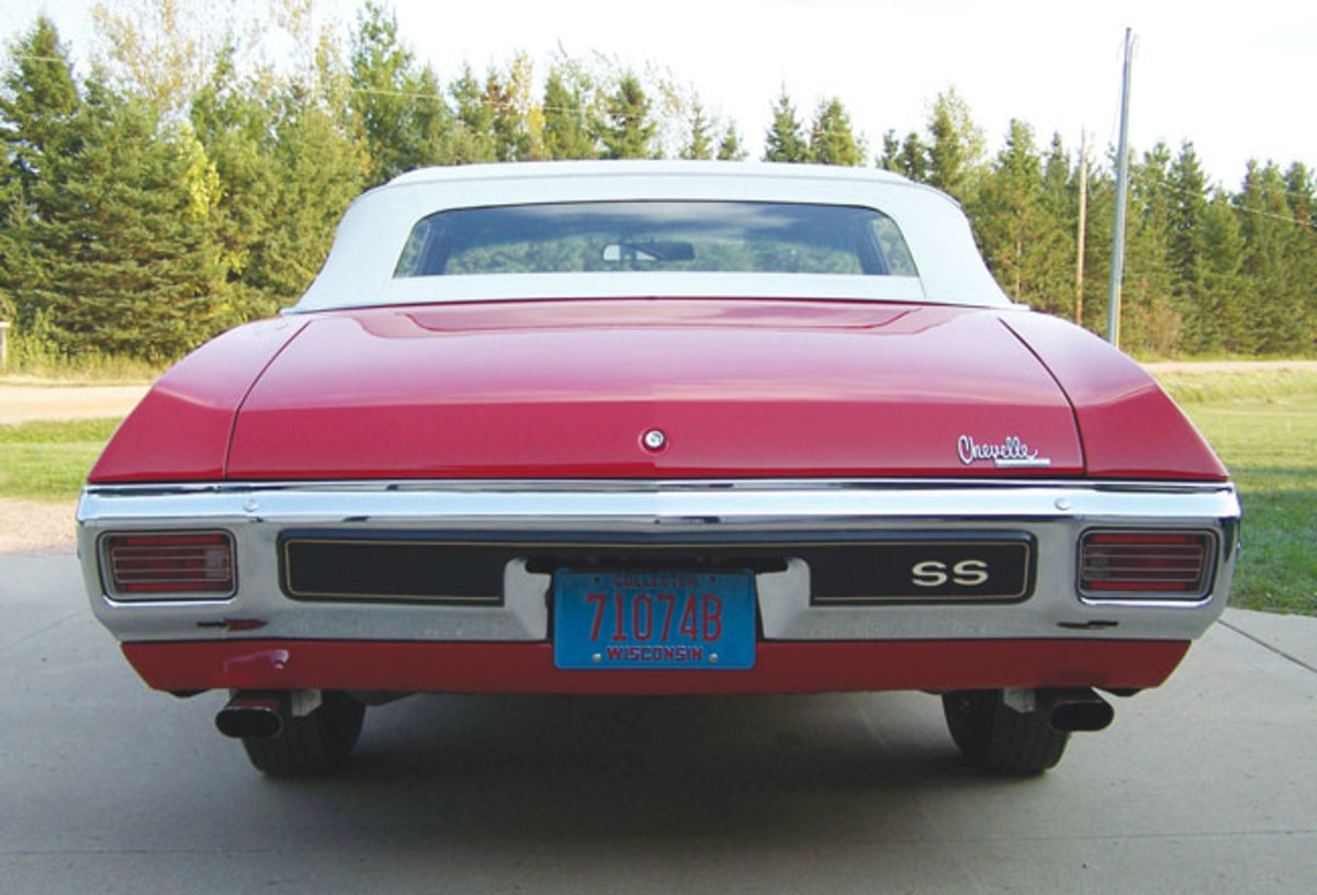 1970-Chevelle-rear