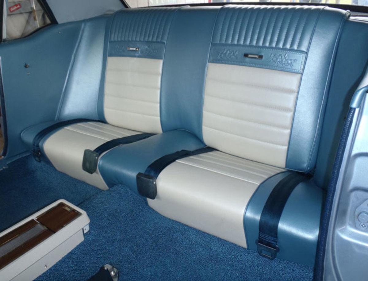 1966-Mustang-backseat