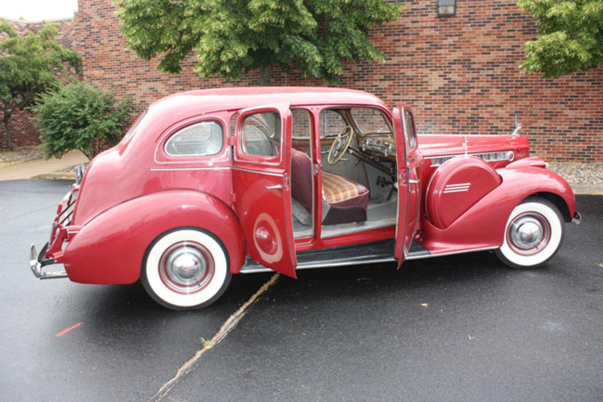 1940-Packard-3