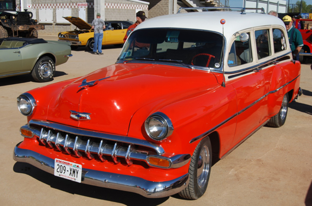 Wagons, like this '54, are sort after, even with bumper and wheel modifications.