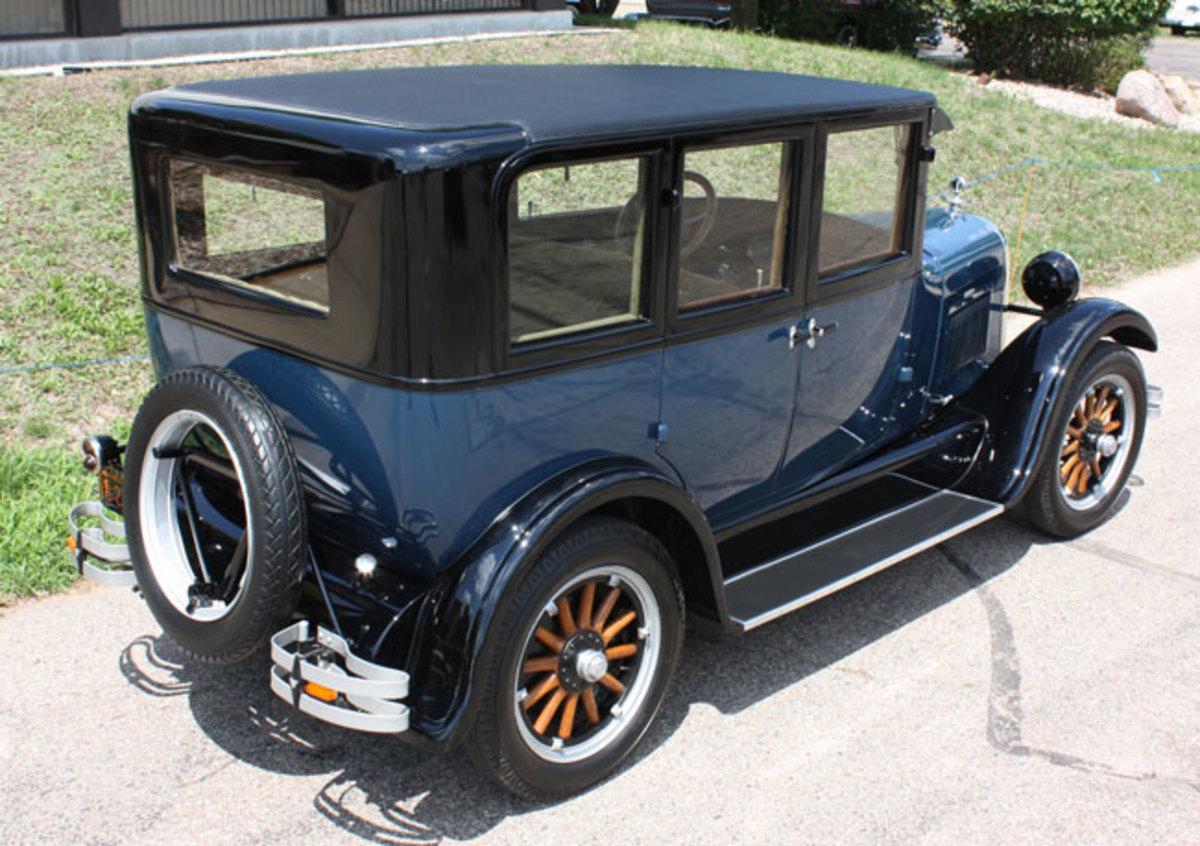 1925-Studebaker-rear1