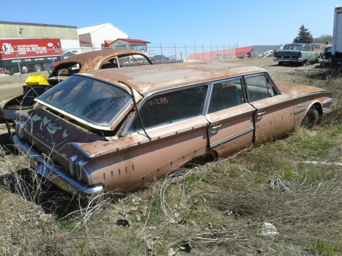 Ever seen a 1960 Edsel wagon? I know I haven't seen one in the tin. Just 275 were built, and given the rarity of this example and the popularity of wagons, this one deserves to be saved.