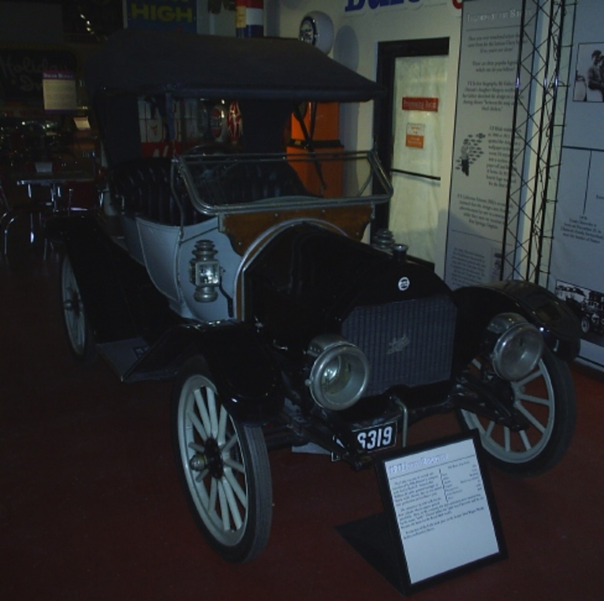 A 1912 Little roadster in the Chevrolet display. Little was built in Flint, Mich., under William Crapo Durant's supervision after he was first ousted from General Motors.