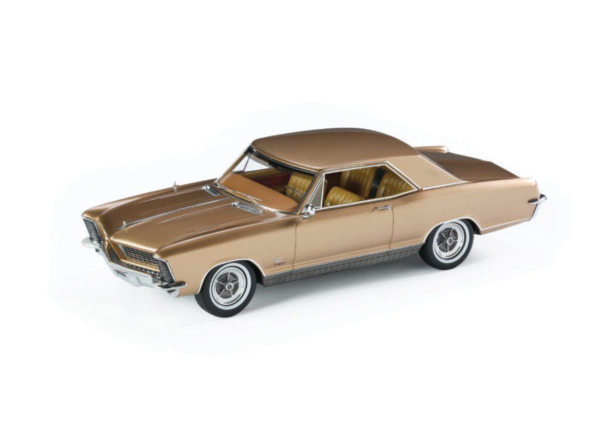 Automodello's 1:24-scale 1965 Buick Riviera GS model in Sahara Mist.