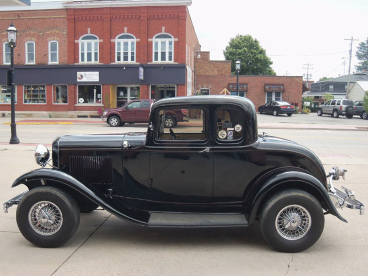 1932-Ford-rod-4
