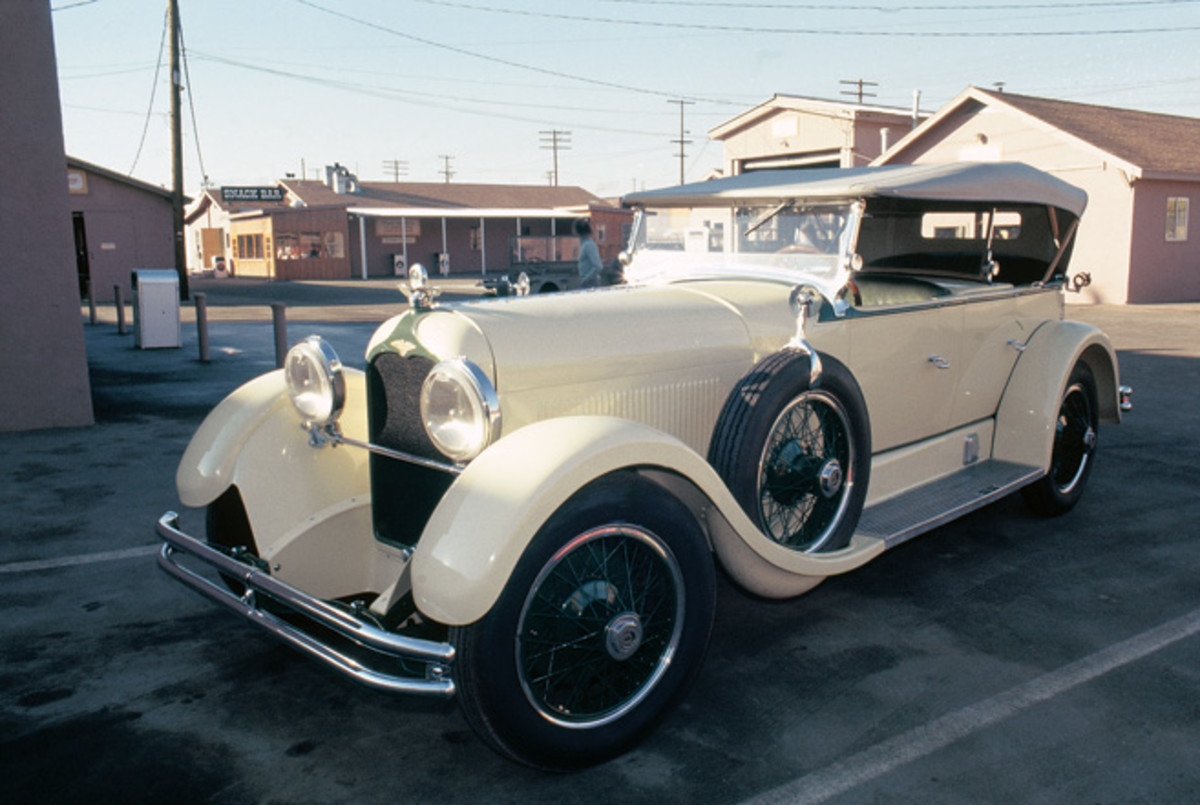 One of several Duesenberg Model A cars from Harrah's collection, this one photographed in 1975.