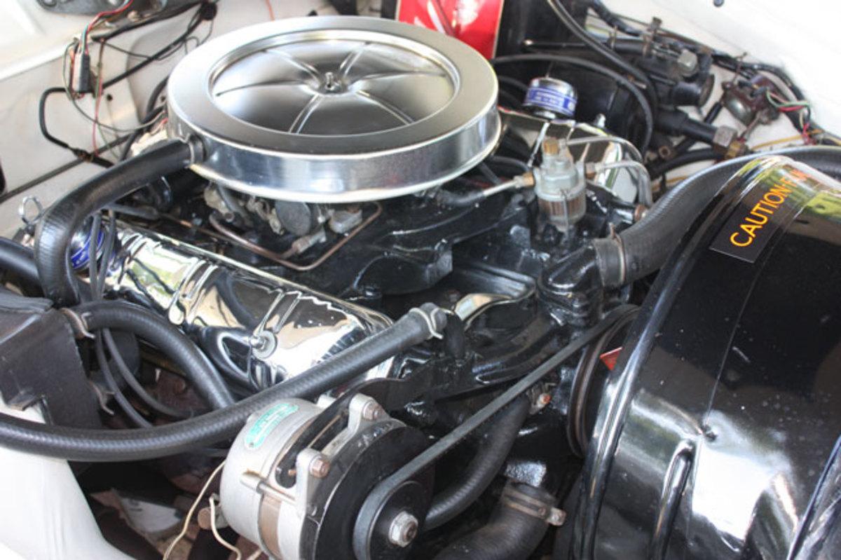 1963-GT-Hawk-engine