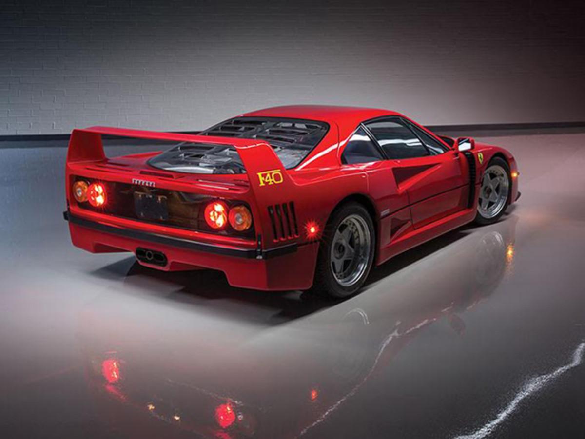 2800-mile Ferrari F40