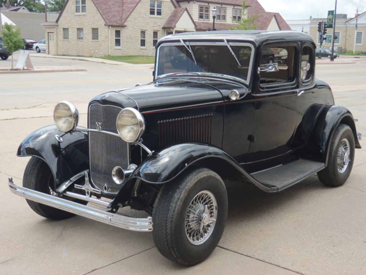 1932-Ford-rod-5