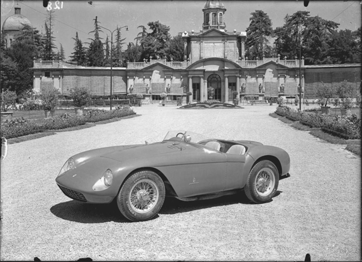 Chassis no. 0448 MD as seen in official Pinin Farina press photographs (Courtesy of Ferrari S.p.A.)