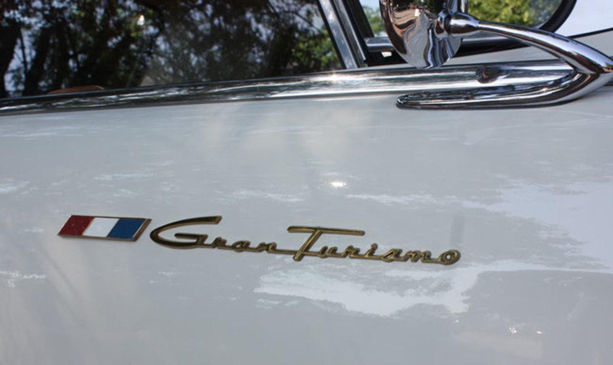 1963-GT-Hawk-badge4