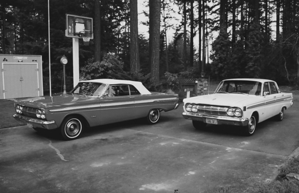 We bought the 1964 Comet Caliente sedan (at right) in 1970, then passed it on to our son when he got his driver's license. The Comet convertible (at left) was purchased later.
