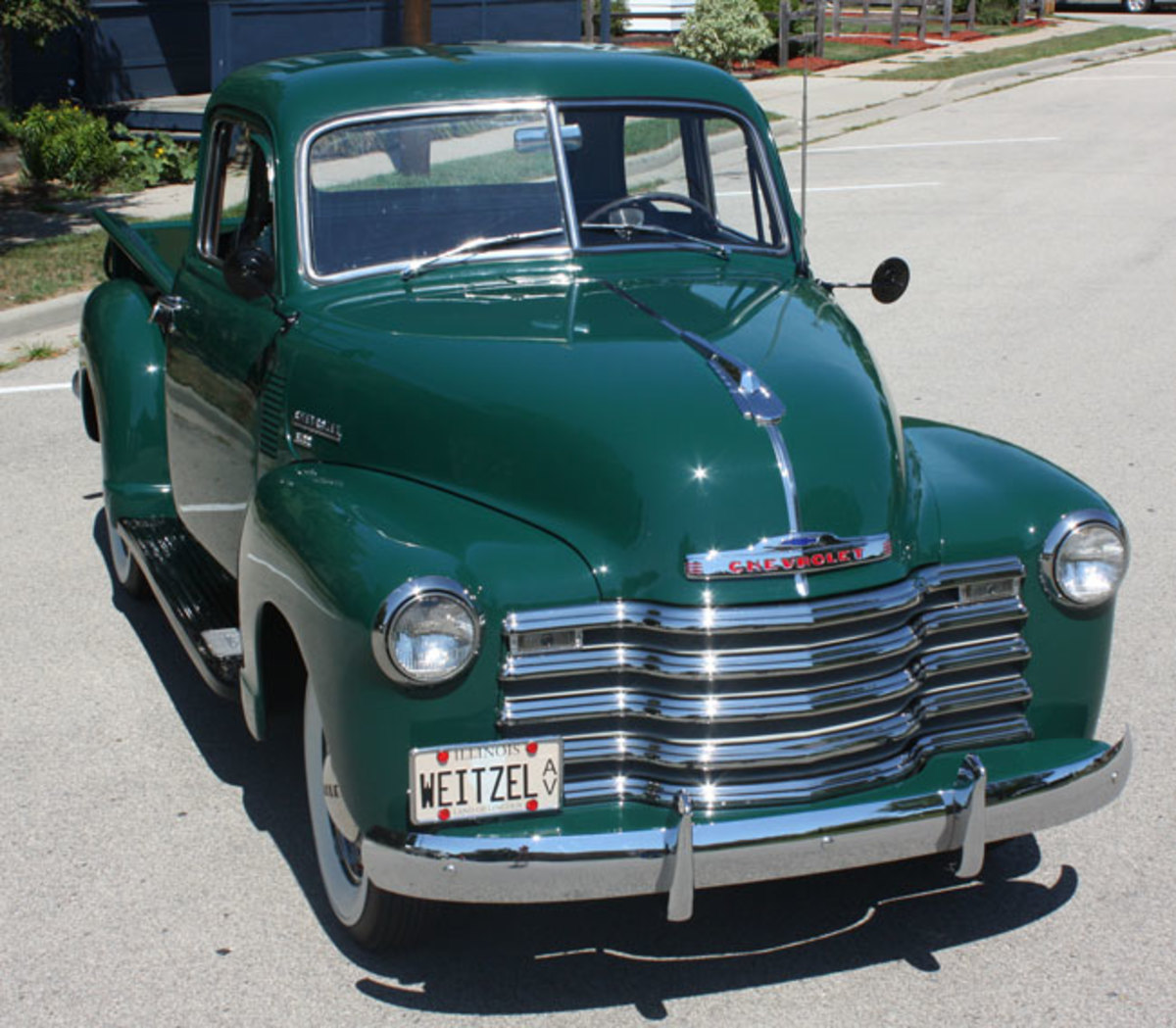 1951-Chevy-pickup-front
