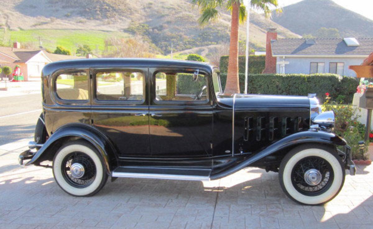 1932-Buick-profile