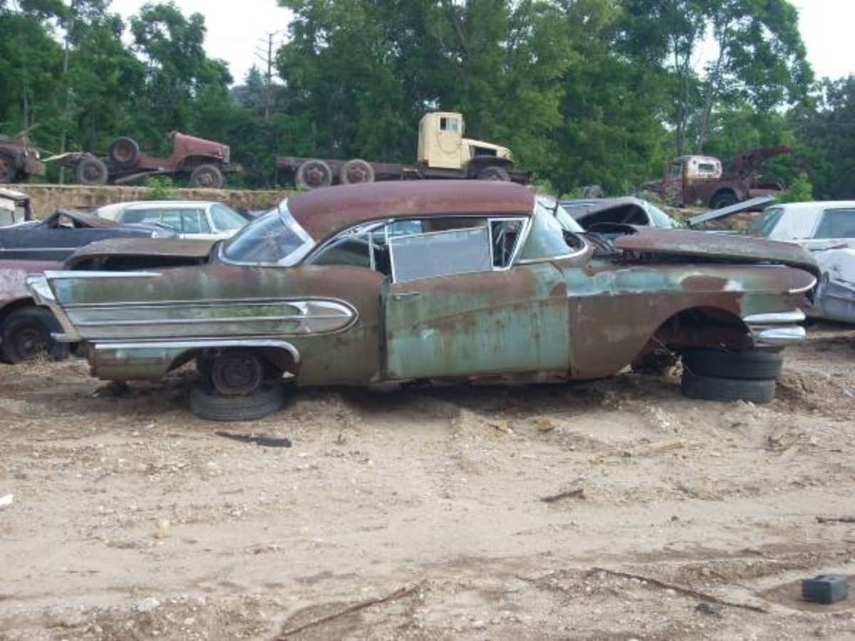 East Troy yard 1958 Buick