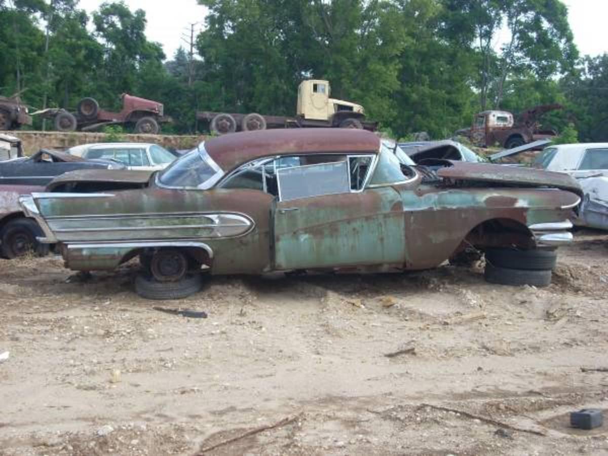 East Troy yard 1958 Buick