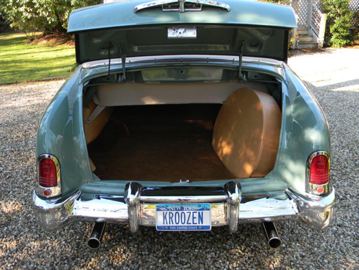 1951-Mercury-trunk