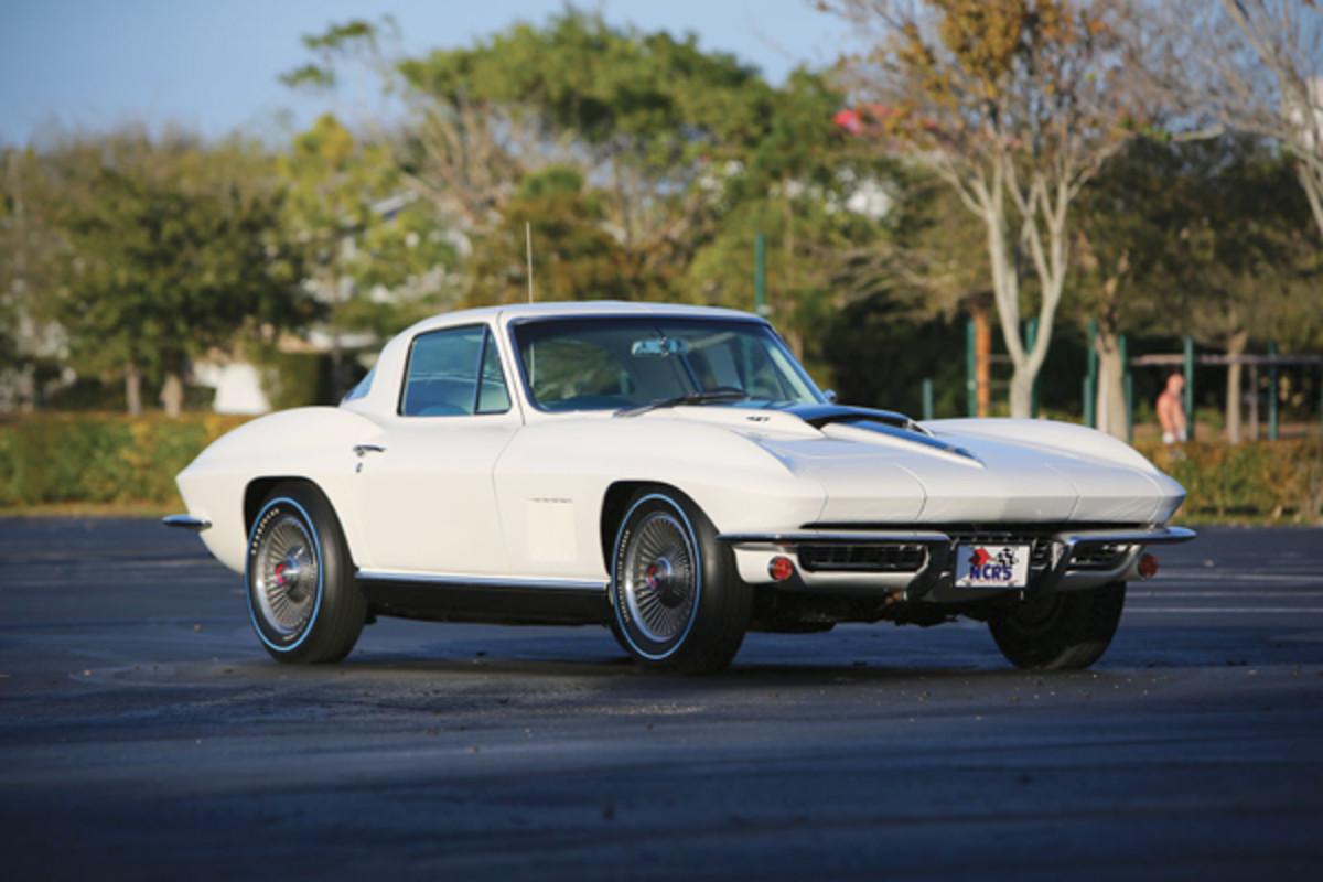 67-Chevrolet-Corvette-Coupe-427-435