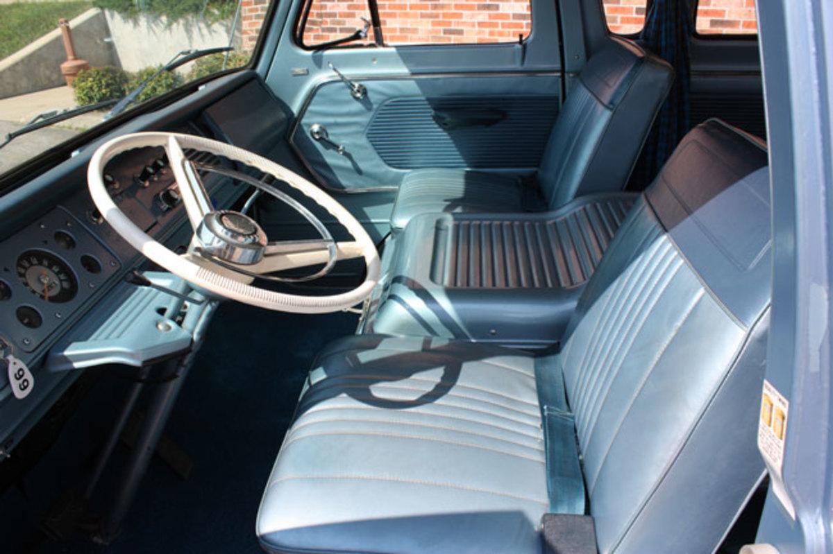 1966-Ford-Van-7