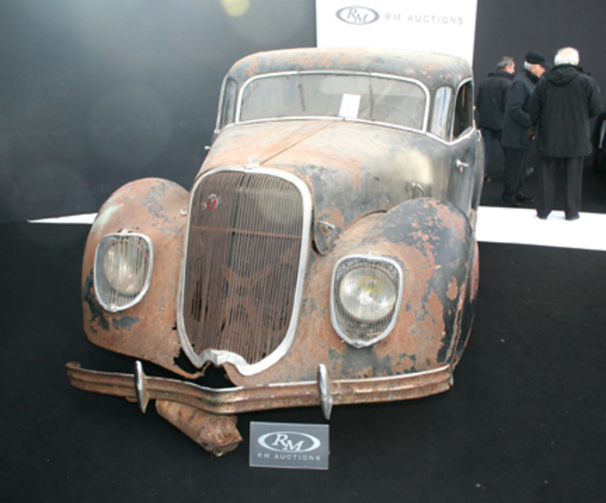 "RM's ""value leader"" was a 1939 Panhard Dynamic Berline, a wonderful Art Deco sleeve-valve sedan in need of restoration. At $13,200 it was a real bargain, especially compared to similar models sold by Artcurial."