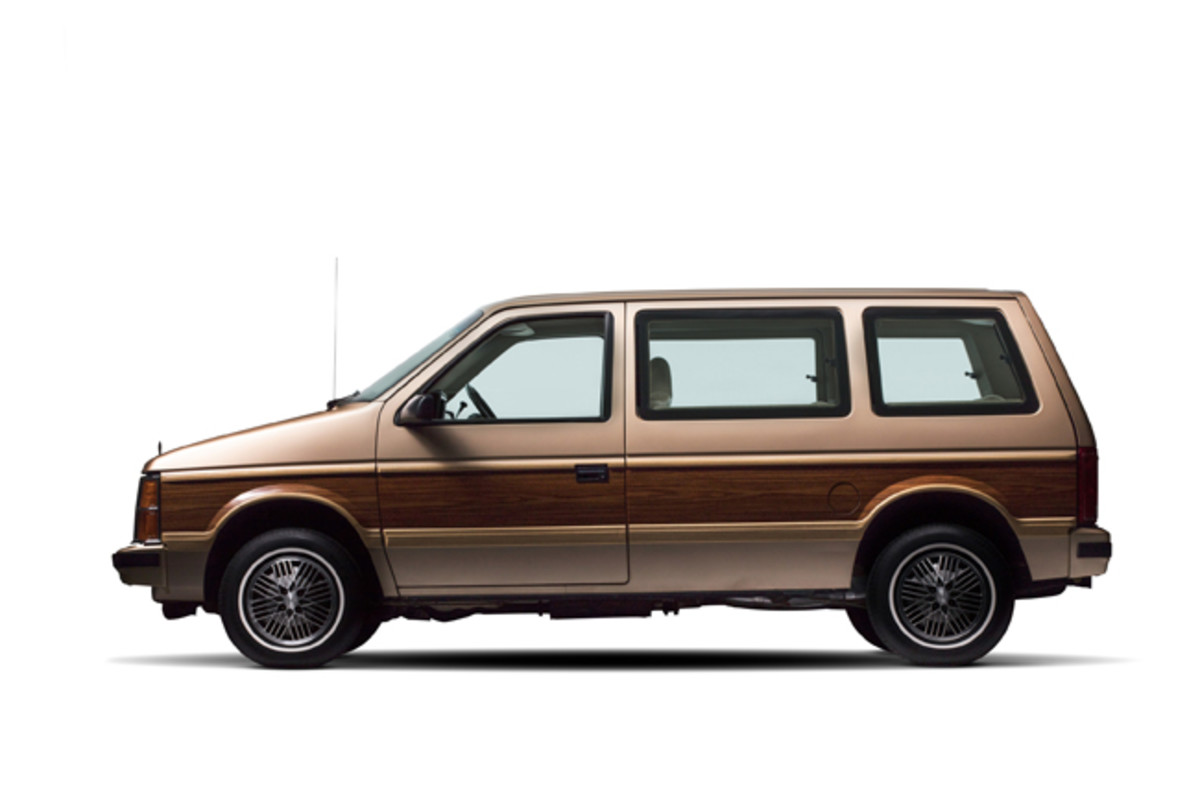 1984 Plymouth Voyager (PRNewsfoto/Historic Vehicle Association)