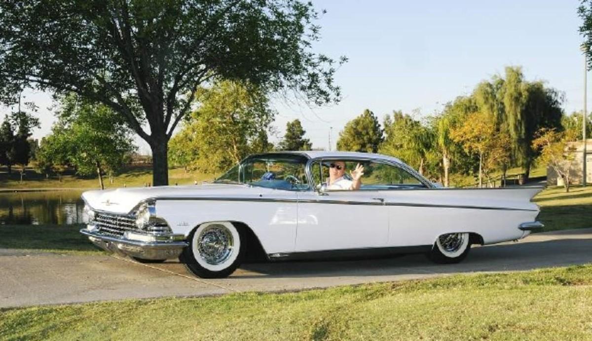 1959 Buicks-driver