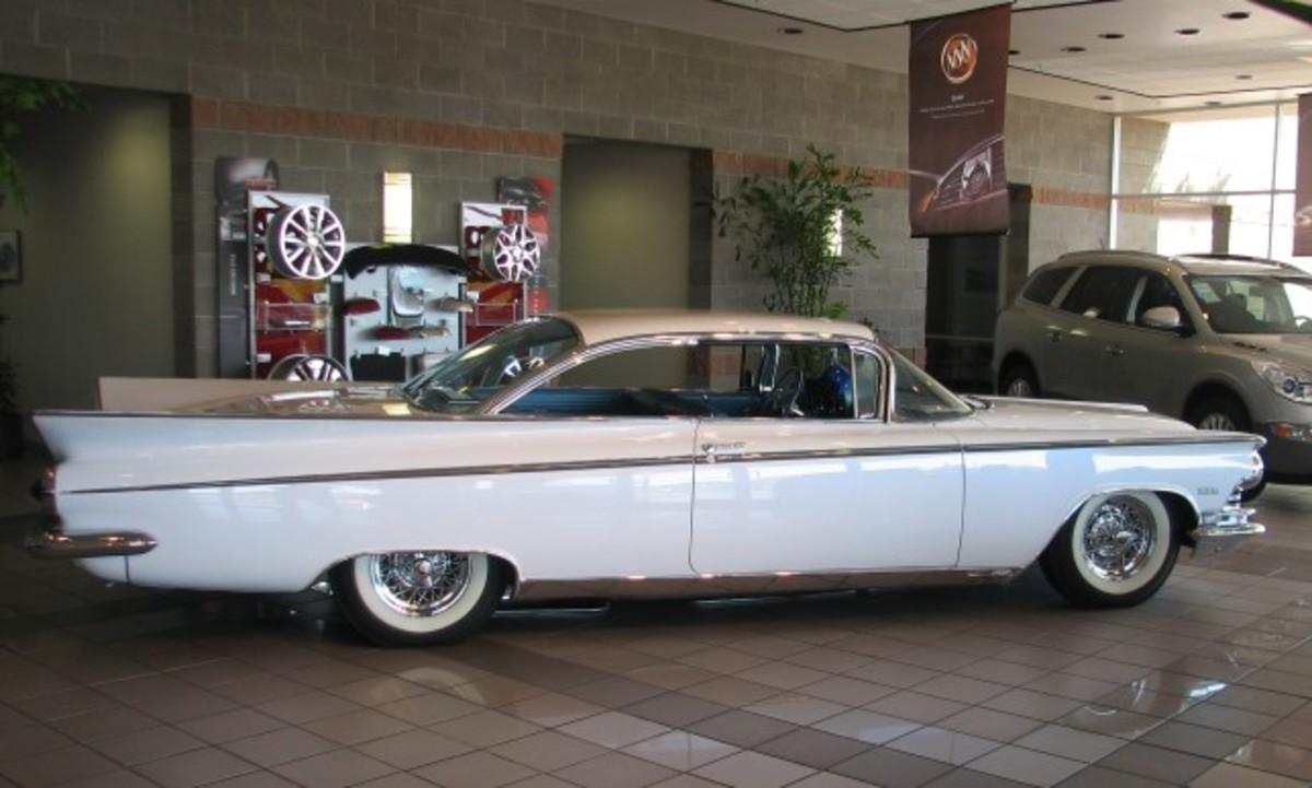 1959 Buick-showroom