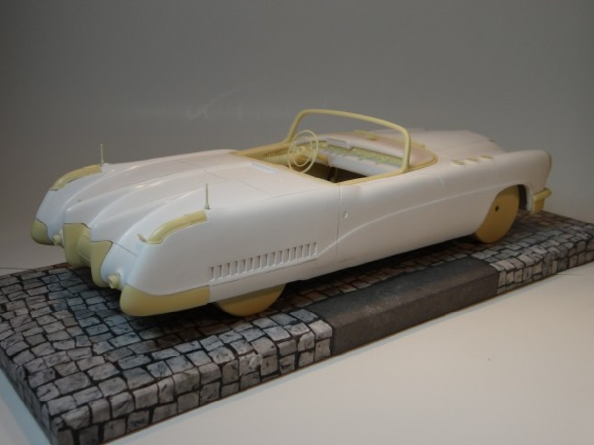The pre-production sample of Minichamps' forthcoming 1:18 model of the 1953 Buick Wildcat.