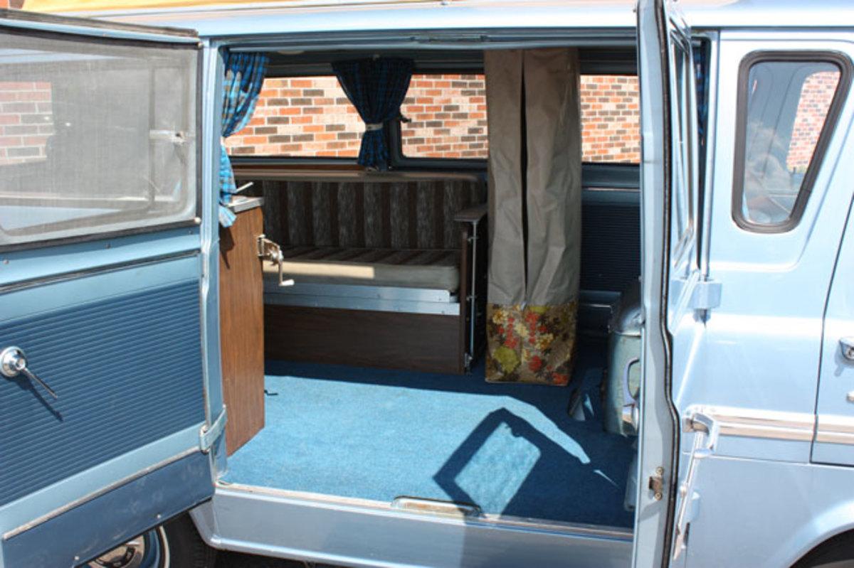 1966-Ford-Van-5